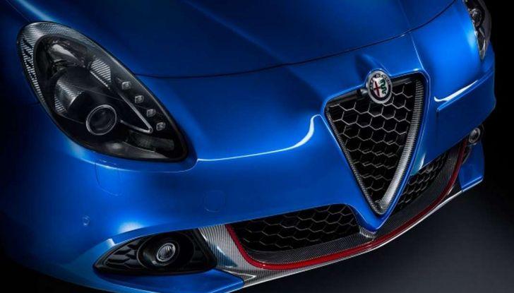 Nuova Alfa Romeo Giulietta con allestimenti Pack Tech e Pack Carbon Look - Foto 5 di 9