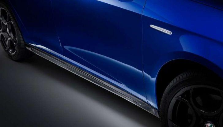 Nuova Alfa Romeo Giulietta con allestimenti Pack Tech e Pack Carbon Look - Foto 8 di 9