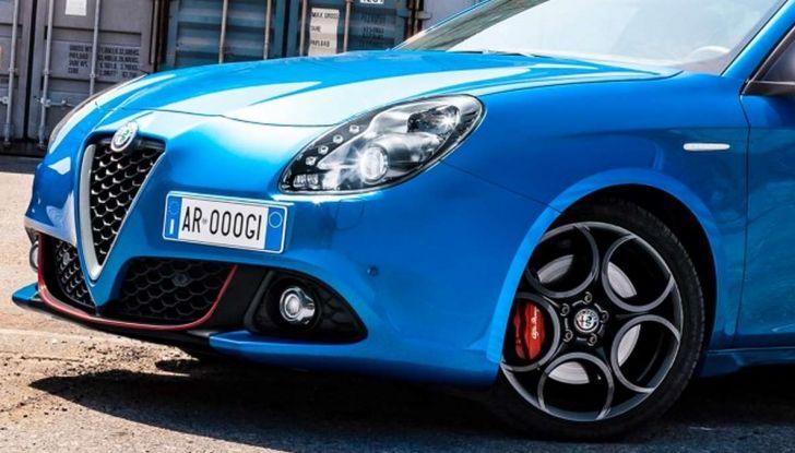 Nuova Alfa Romeo Giulietta con allestimenti Pack Tech e Pack Carbon Look - Foto 9 di 9