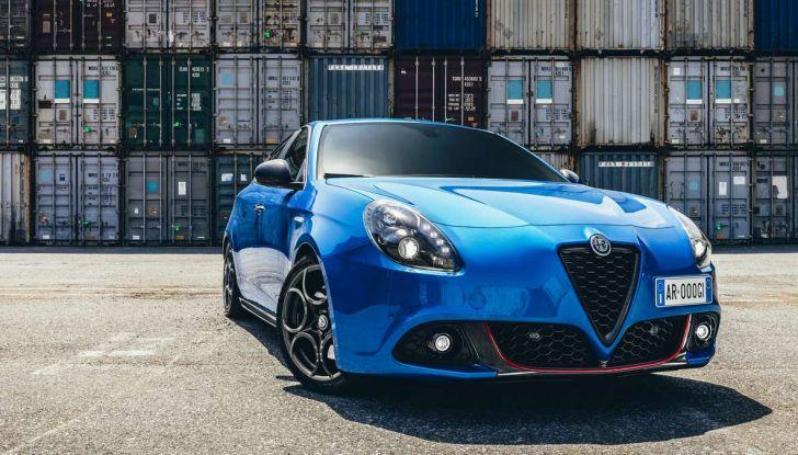 Nuova Alfa Romeo Giulietta con allestimenti Pack Tech e Pack Carbon Look - Foto 2 di 9