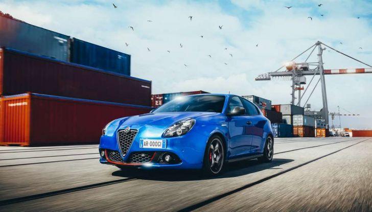 Nuova Alfa Romeo Giulietta con allestimenti Pack Tech e Pack Carbon Look - Foto 1 di 9