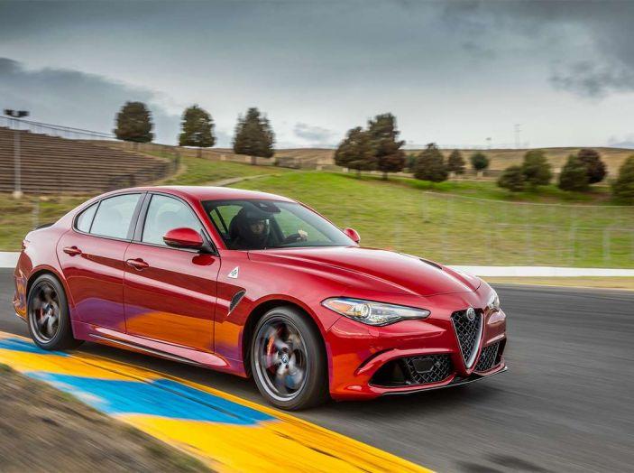 Alfa Romeo, la stampa USA celebra la crescita del marchio - Foto 4 di 18