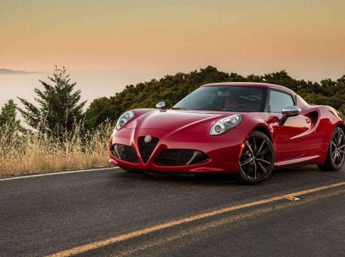 Alfa Romeo, la stampa USA celebra la crescita del marchio - Foto 15 di 18