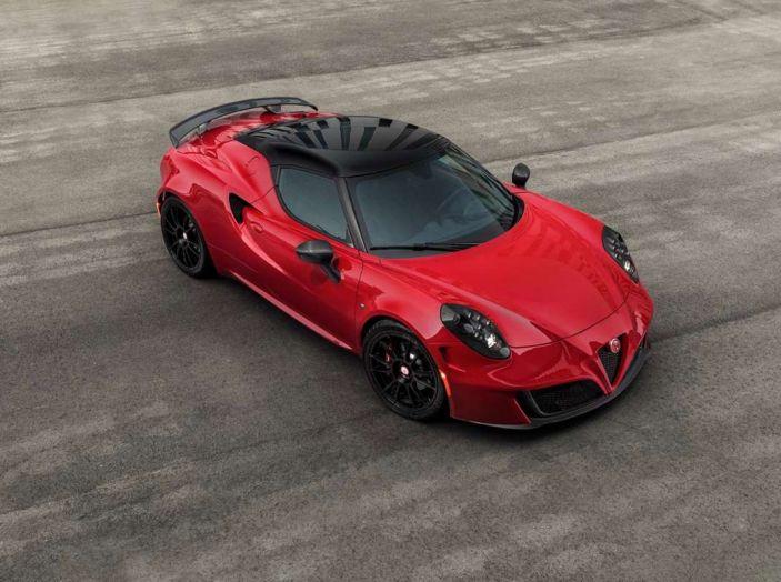 Alfa Romeo, la stampa USA celebra la crescita del marchio - Foto 16 di 18