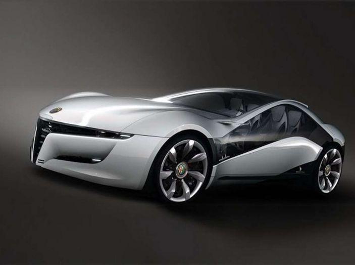 Alfa Romeo, la stampa USA celebra la crescita del marchio - Foto 1 di 18