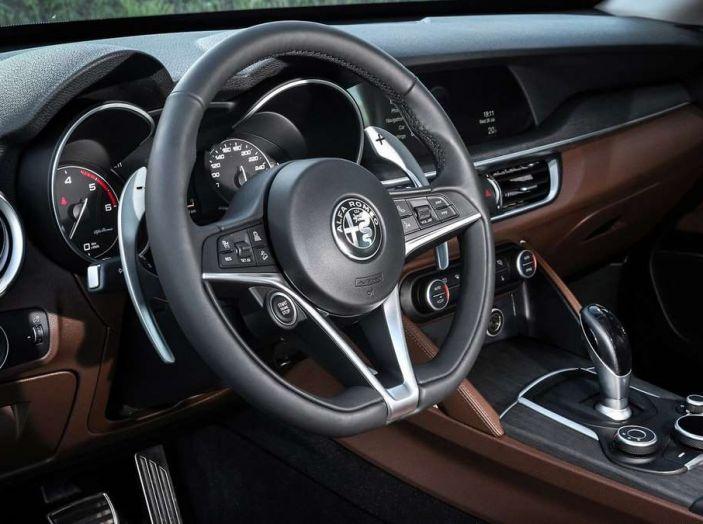 Alfa Romeo, la stampa USA celebra la crescita del marchio - Foto 17 di 18