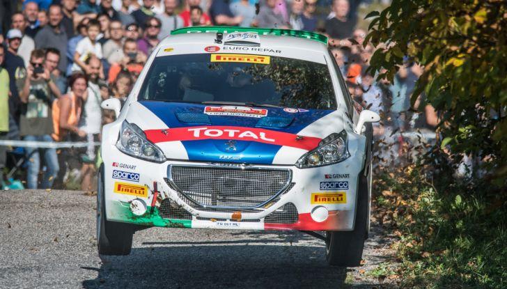 Peugeot fa cinquina, Andreucci tricolore emozionato - Foto 2 di 2