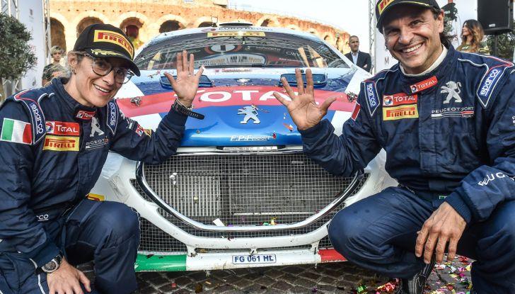 Paolo Andreucci campione italiano rally con Peugeot 208 T16 - Foto 1 di 3