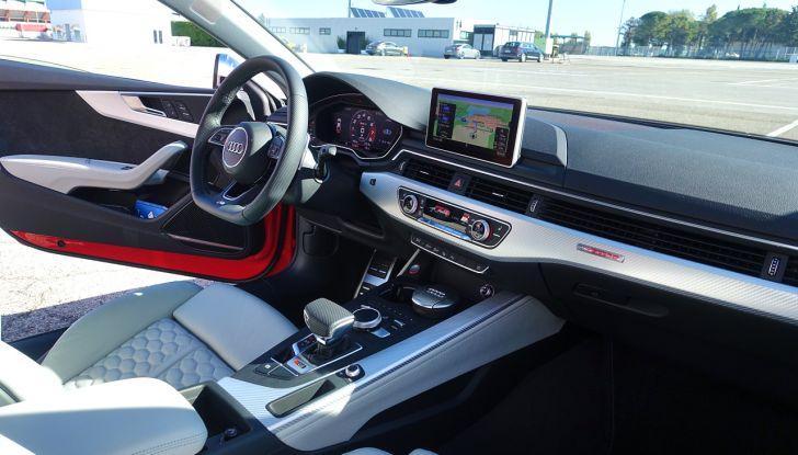 Audi Sport Road'n'Track: dalla strada alla pista con la gamma Audi RS - Foto 12 di 31