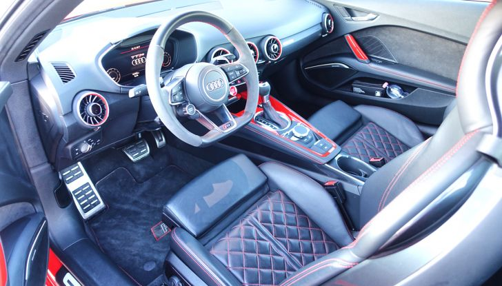 Audi Sport Road'n'Track: dalla strada alla pista con la gamma Audi RS - Foto 24 di 31