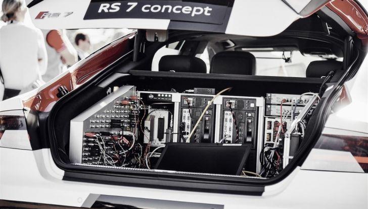 Auto a guida assistita e autonoma, cosa sono Autopilot e i livelli 1, 2, 3, 4 e 5 - Foto 4 di 10