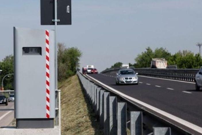 Autovelox, la multa non è valida se la strada è senza banchina - Foto 5 di 7