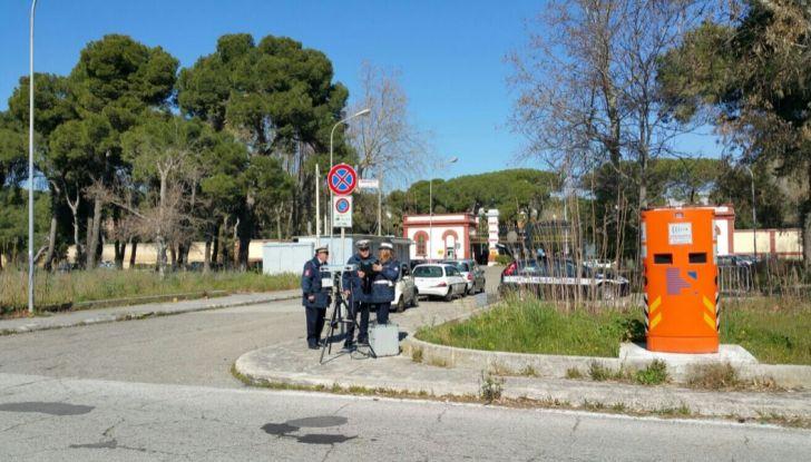 Autovelox, la multa non è valida se la strada è senza banchina - Foto 6 di 7