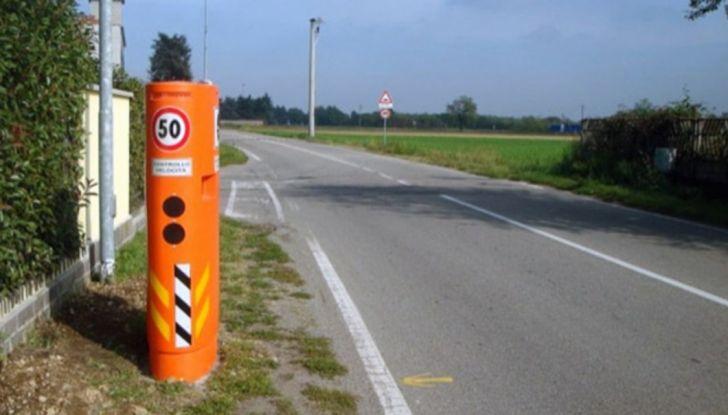 Autovelox, la multa non è valida se la strada è senza banchina - Foto 2 di 7