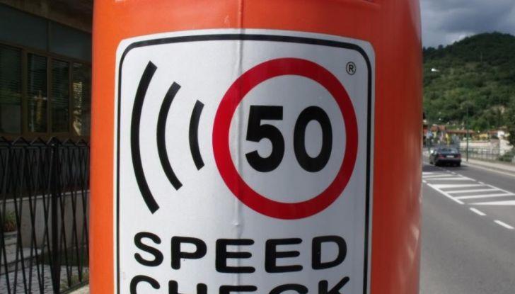 Autovelox, la multa non è valida se la strada è senza banchina - Foto 4 di 7