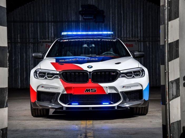La nuova BMW M5 xDrive è Safety Car della MotoGP 2018 - Foto 9 di 16