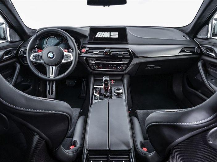 La nuova BMW M5 xDrive è Safety Car della MotoGP 2018 - Foto 15 di 16