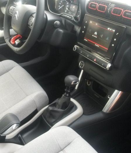 Prova Citroen C3 Aircross: stile in fuoristrada per il SUV francese - Foto 14 di 32