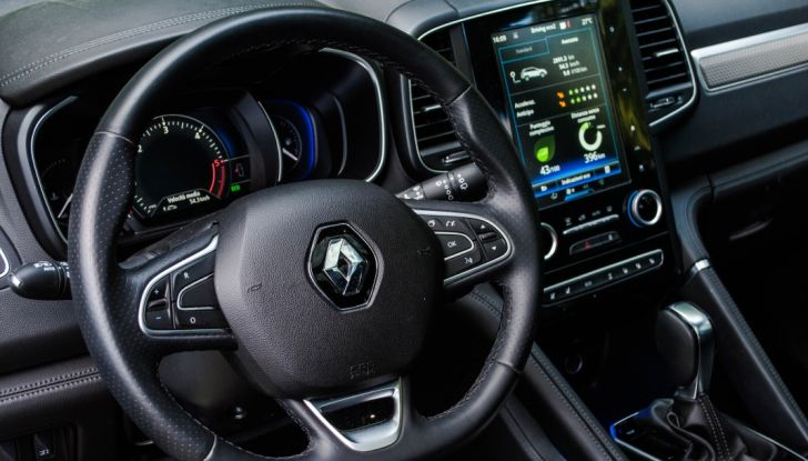 Renault Koleos 2017: Prova su Strada del SUV Senza Limiti con 4×4 e X-Tronic - Foto 10 di 39