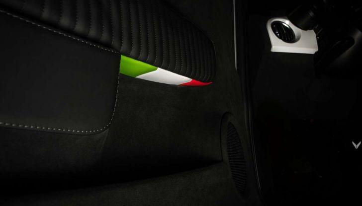 Fiat 500 Abarth 595 by Vilner, la piccola sportiva omaggia il tricolore - Foto 11 di 15
