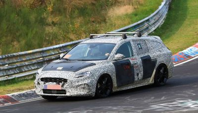 Ford Focus Station Wagon 2018, ultimi test drive in vista del debutto