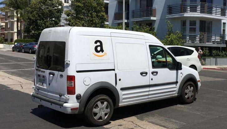 Furgoni e consegna merci, traffico in aumento a causa dell'e-commerce - Foto 4 di 9