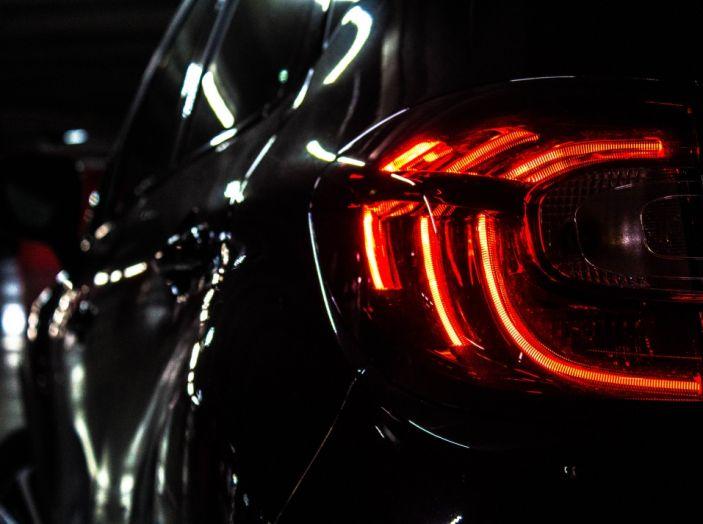 Prova su strada Renault Captur 2017: il crossover agile e spigliato - Foto 5 di 37