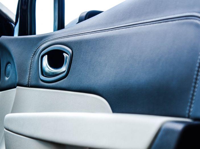 Prova su strada Renault Captur 2017: il crossover agile e spigliato - Foto 10 di 37