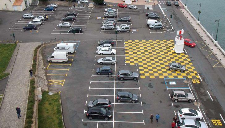 Assistente al parcheggio auto, 20 anni di innovazione Volkswagen - Foto 11 di 11
