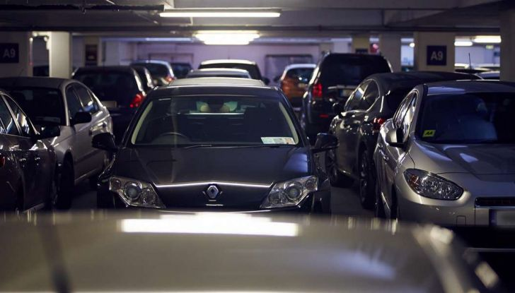 Assistente al parcheggio auto, 20 anni di innovazione Volkswagen - Foto 6 di 11