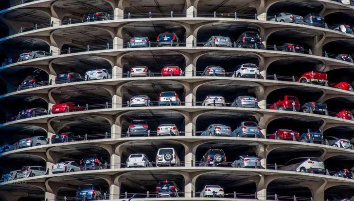 Assistente al parcheggio auto, 20 anni di innovazione Volkswagen - Foto 7 di 11
