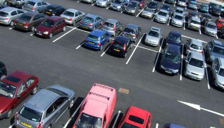 Assistente al parcheggio auto, 20 anni di innovazione Volkswagen - Foto 8 di 11