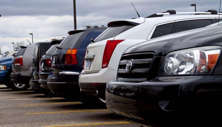 Assistente al parcheggio auto, 20 anni di innovazione Volkswagen - Foto 9 di 11