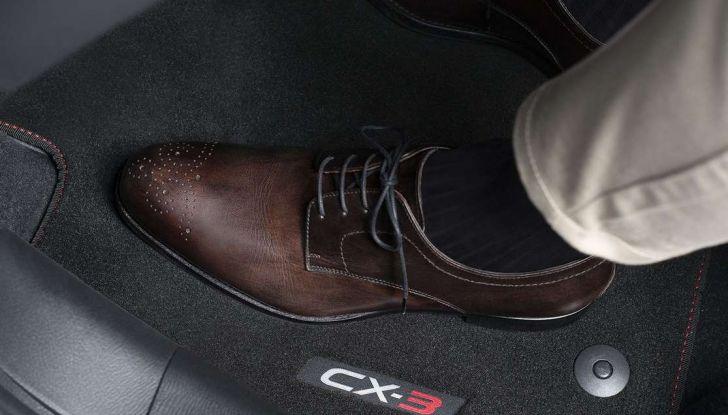 Mazda rende fashion la sua crossover CX-3 grazie a Pollini - Foto 23 di 26