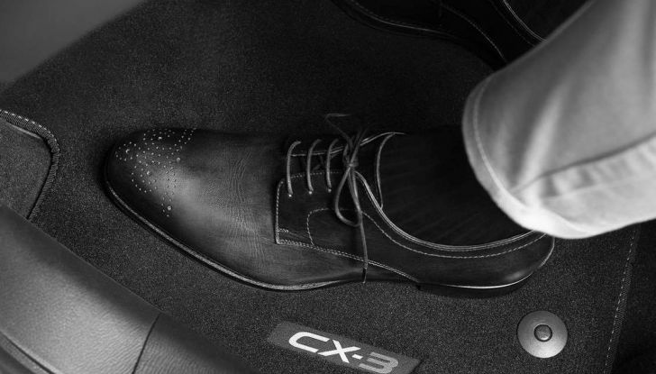 Mazda rende fashion la sua crossover CX-3 grazie a Pollini - Foto 26 di 26