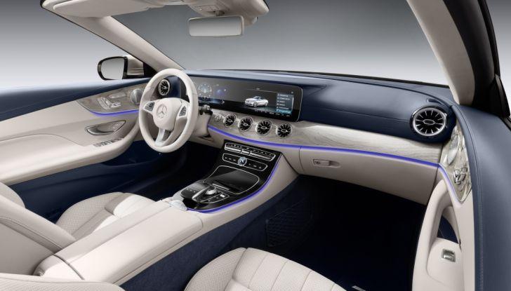 Nuova Mercedes Classe E Cabrio: Prova su strada, caratteristiche e prezzo - Foto 15 di 29