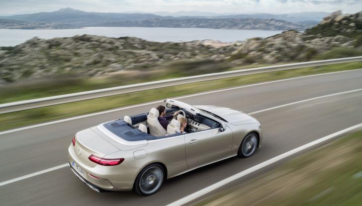 Nuova Mercedes Classe E Cabrio: Prova su strada, caratteristiche e prezzo - Foto 18 di 29