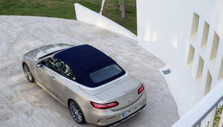 Nuova Mercedes Classe E Cabrio: Prova su strada, caratteristiche e prezzo - Foto 20 di 29