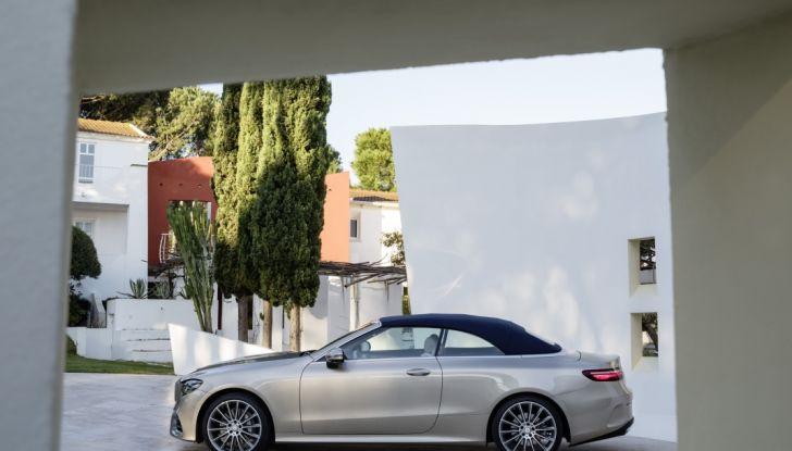 Nuova Mercedes Classe E Cabrio: Prova su strada, caratteristiche e prezzo - Foto 21 di 29