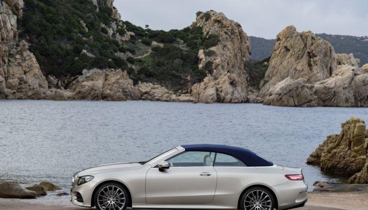 Nuova Mercedes Classe E Cabrio: Prova su strada, caratteristiche e prezzo - Foto 23 di 29