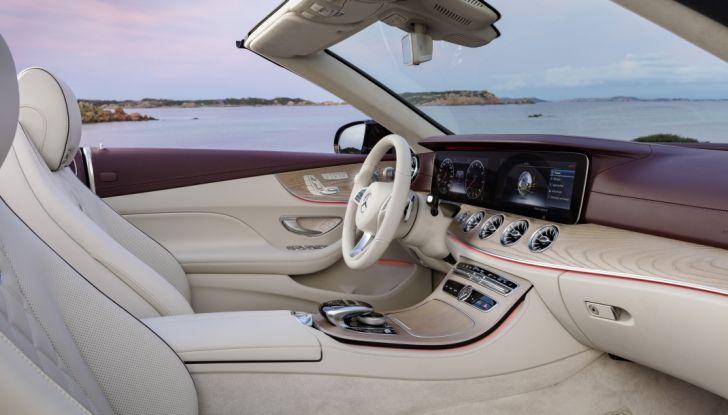 Nuova Mercedes Classe E Cabrio: Prova su strada, caratteristiche e prezzo - Foto 25 di 29
