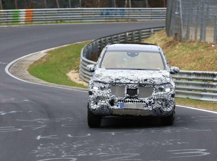 Mercedes GLS 2019, nuove immagini spia del maxi SUV - Foto 20 di 30