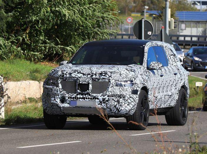 Mercedes GLS 2019, nuove immagini spia del maxi SUV - Foto 24 di 27