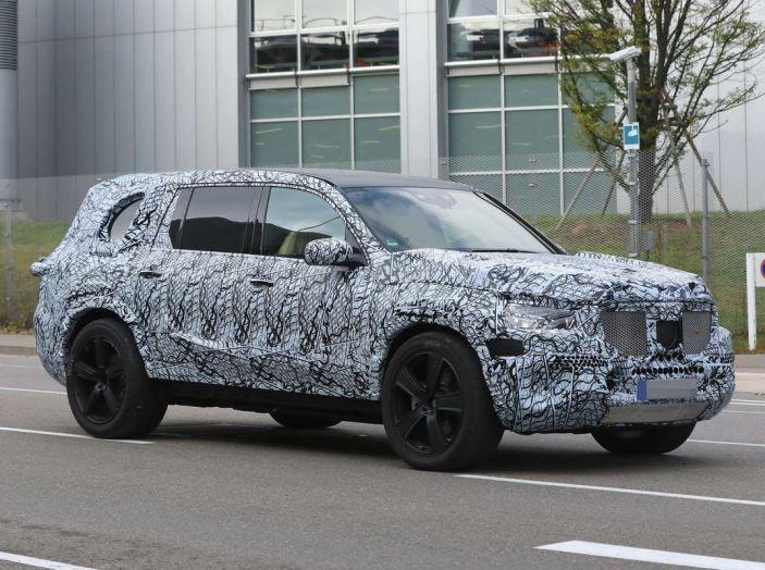 Mercedes GLS 2019, nuove immagini spia del maxi SUV - Foto 7 di 27
