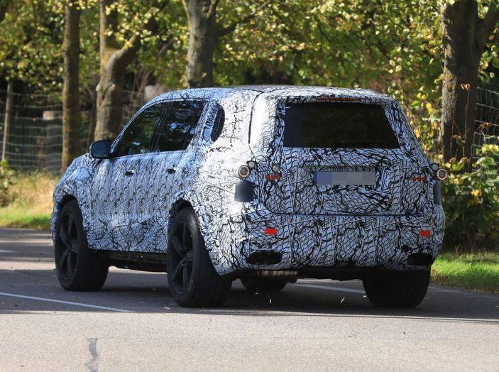 Mercedes GLS 2019, nuove immagini spia del maxi SUV - Foto 21 di 30