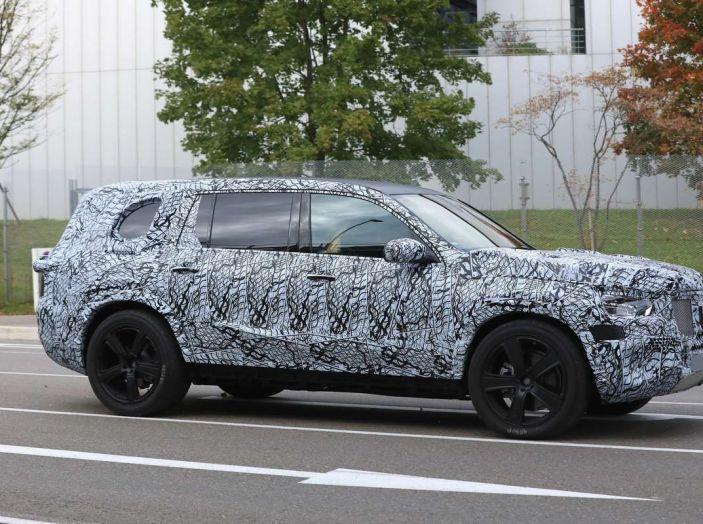 Mercedes GLS 2019, nuove immagini spia del maxi SUV - Foto 13 di 30