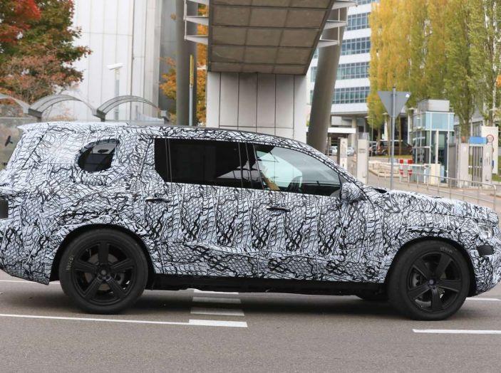 Mercedes GLS 2019, nuove immagini spia del maxi SUV - Foto 10 di 27