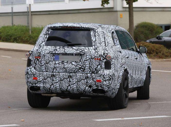 Mercedes GLS 2019, nuove immagini spia del maxi SUV - Foto 23 di 30