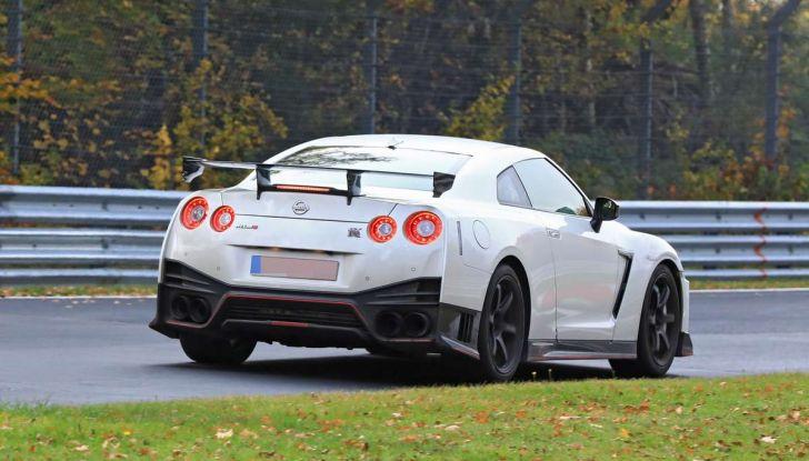 Nissan GT-R Nismo MY 2018, collaudi e ultimi test su pista - Foto 20 di 23