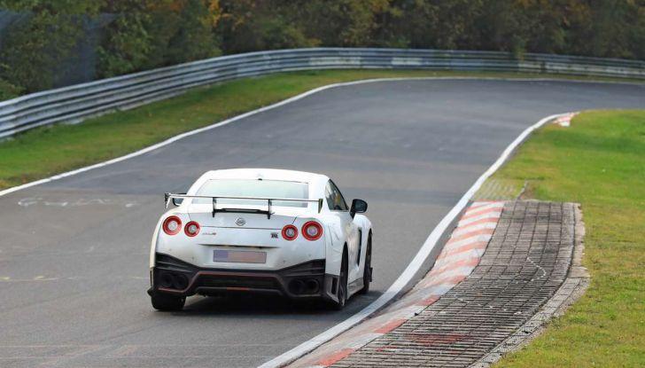 Nissan GT-R Nismo MY 2018, collaudi e ultimi test su pista - Foto 11 di 23